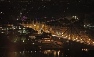 Bild des Tages 05.04.2011 - Blaues Wunder bei Nacht