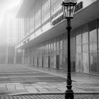 Kulturpalast Dresden im Nebel