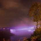 Niagara Fälle violett
