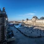 Warteschlange am Musée du Louvre