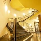 schwungvoller Treppenaufgang