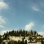 Blick zum Castel San Pietro